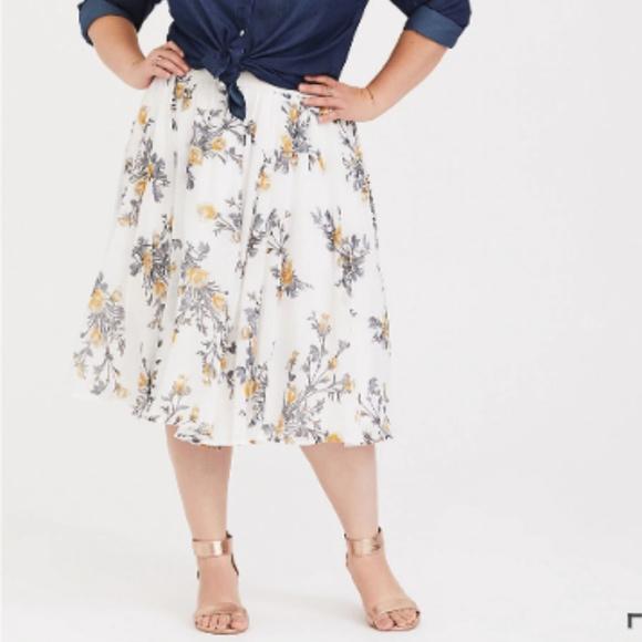 e6299c322f9a Torrid Ivory Floral Chiffon Midi Skirt. M_5c6f53b903087c9c682b737b
